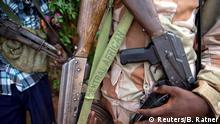Zentralafrikanische Republik Koui Rebell mit Waffen