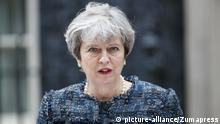 London Premierministerin Theresa May vor 10 Downing Street