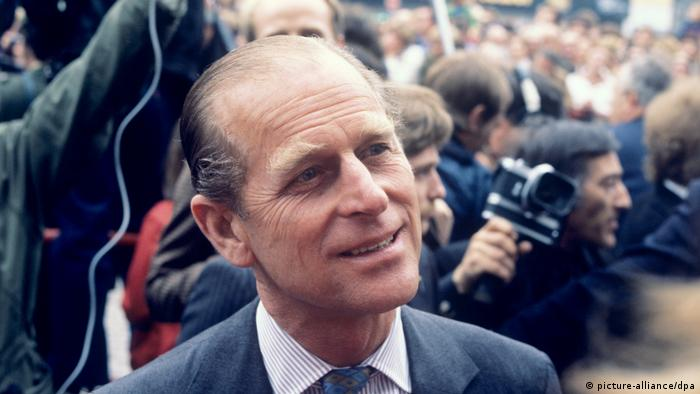 Duke of Edinburgh admitted to hospital
