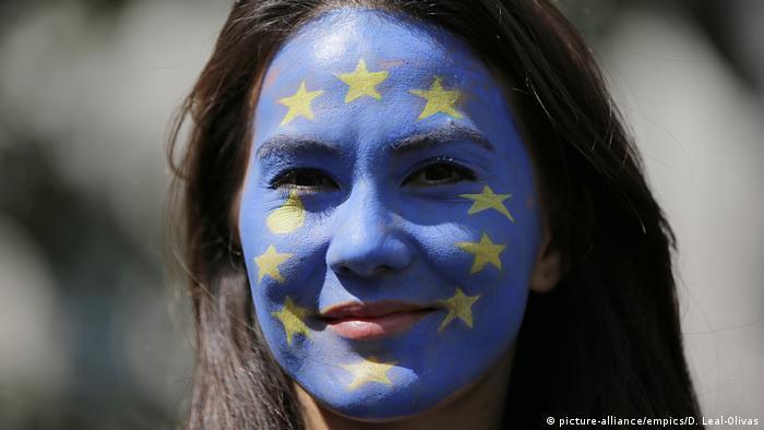 به ویژه جوانان بریتانیایی خواهان ادامه عضویت بریتانیا در اتحادیه اروپا هستند