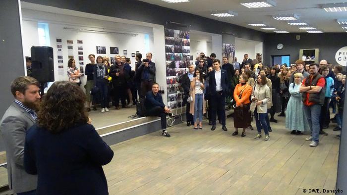 На открытии выставки Март 2017: журналистика и последствия