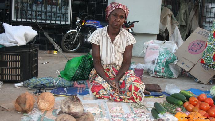Joana Cumbane – Senioren in Mosambik