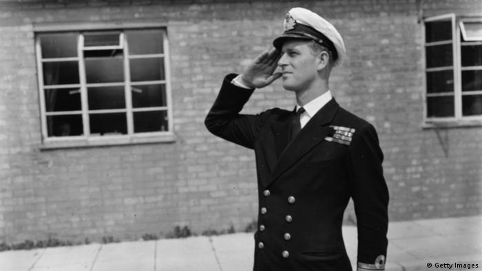 Принц Филипп в военной форме
