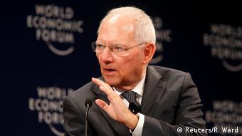 Ο Β. Σόιμπλε παραδέχθηκε δημόσια τη «ματαιότητα» των τριών ελληνικών προγραμμάτων