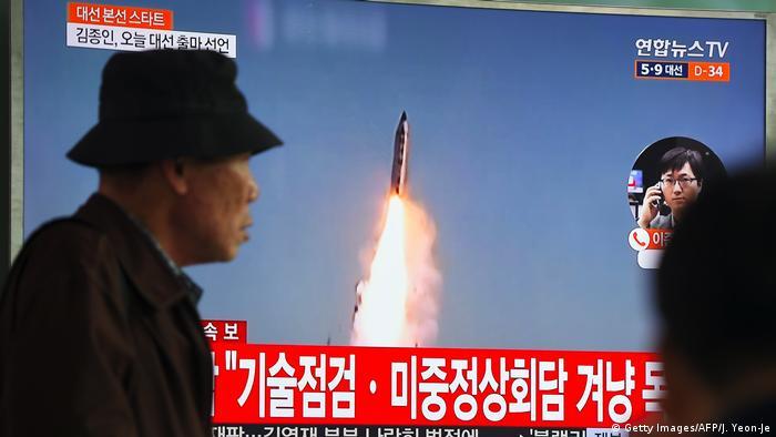 Südkorea TV Übertragung Raketentest in Nordkora