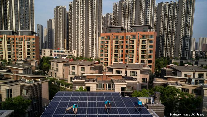 China   Photovoltaik in China (Getty Images/K. Frayer)