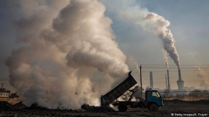 Poluição mata mais que guerra e violência