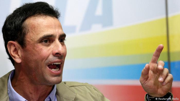Venezuela Oppositionsführer Henrique Capriles (Reuters/M. Bello)