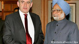 British Prime Minister Gordon Brown with Indian Prime Minister Manmohan Singh