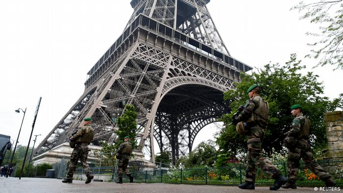 Francia prepara transición tras elecciones