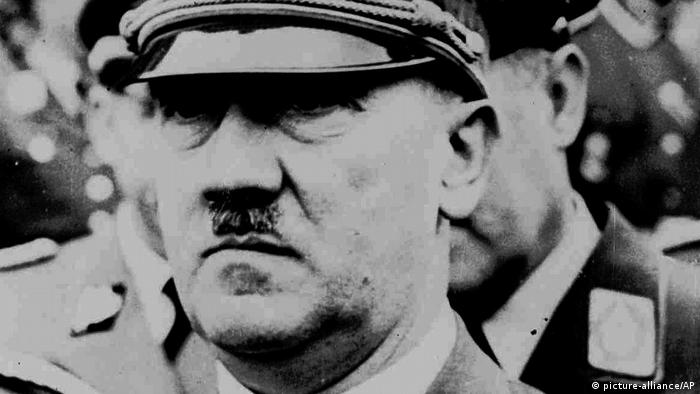 Adolf Hiltler 1941 (Foto: picture-alliance/AP)