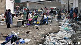 Apesar das riquezas naturais de Angola, a esmagadora maioria do povo continua a viver num ambiente de extrema pobreza