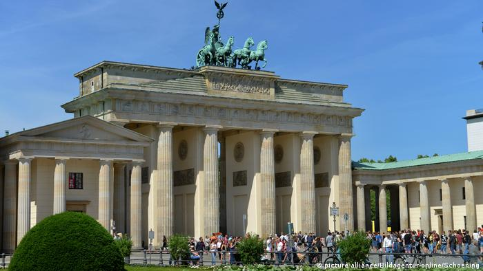 Deutschland Brandenburger Tor Berlin (picture-alliance/Bildagentur-online/Schoening)