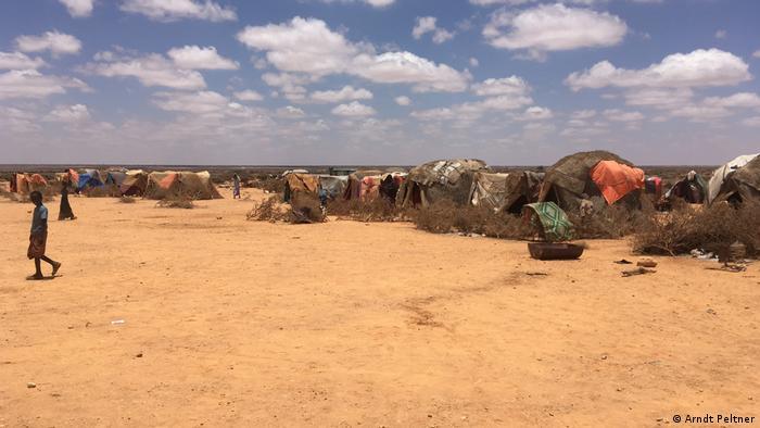 Tents in Uskure in Puntland (photo: Arndt Peltner)