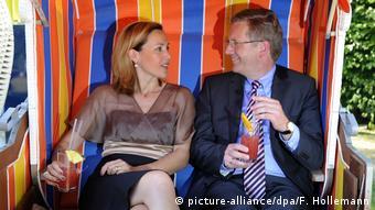 Ο Κρίστιαν Βουλφ σε παλαιότερη δημόσια εμφάνιση με τη σύζυγό του