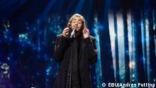 Salvador Sobral aus Portugal auf der Bühne in KIew. Copyright: EBU (Andres Putting).
