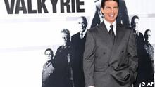 Tom Cruise bei der Filmpremiere des Films Walküre in New York Actor Tom Cruise attends the world premiere of 'Valkyrie' at the Time Warner Center on Monday, Dec. 15, 2008 in New York. (AP Photo/Evan Agostini)