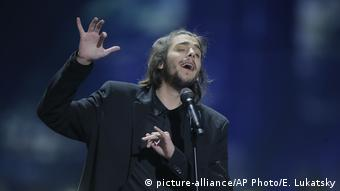 Eurovision Song Contest 2017 Salvador Sobral (picture-alliance/AP Photo/E. Lukatsky)