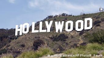 Μακριά από τη λάμψη του Χόλιγουντ, πολλά νοικοκυριά στο Λος Άντζελες επλήγησαν οικονομικά ανεπανόρθωτα την περίοδο της πανδημίας