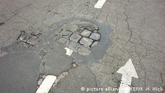 Ανεπαρκείς επενδύσεις για κατασκευή και συντήρηση δρόμων στη Γερμανία