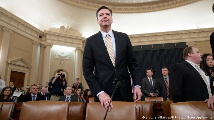 USA FBI Direktor James Comey (picture-alliance/AP Photo/J. Scott Applewhite)