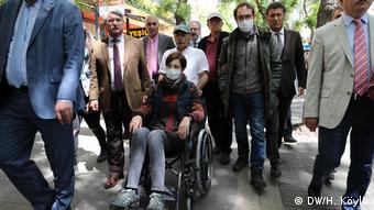 Türkei Hungerstreik - Nuriye Gülmen & Semih Özakca