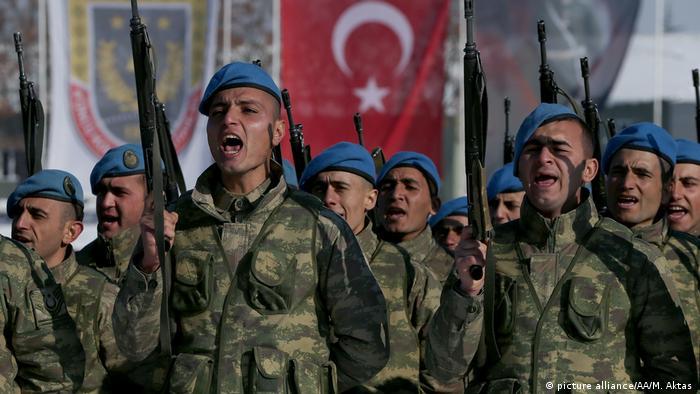 Türkei Soldaten in der Armee (picture alliance/AA/M. Aktas )