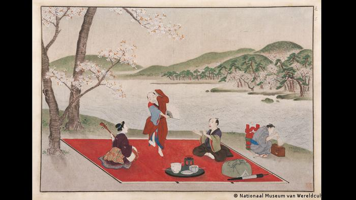 این اثر پیکنیک به سبک ژاپنی زیر شکوفههای گیلاس را روایت میکند و آن را کاواهارا کایگاه (Kawahara Keiga) ، نقاش ژاپنی در اوایل قرن نوزدهم میلادی با قلم و جوهر رنگی روی زمینهای ابریشمی آفریده است.