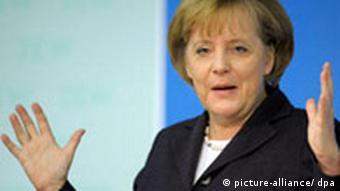 Bundeskanzlerin Merkel bei einem Vortrag am Zentrum für Europäische Wirtschaftsforschung in Mannheim. (Foto: dpa)