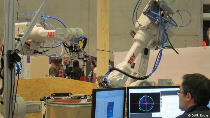 Deutschland Berlin Cube Tech Fair (DW/T. Rooks)