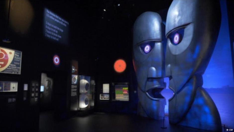 Music history a pink floyd exhibition euromaxx videos for Pink floyd exhibition