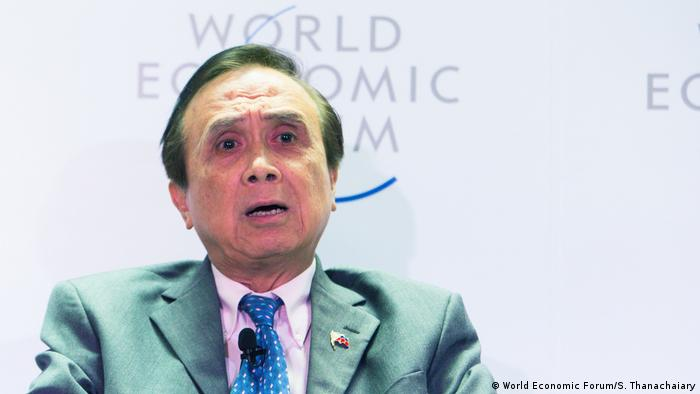 Weltwirtschaftsforum ASEAN Ernesto Pernia (World Economic Forum/S. Thanachaiary)