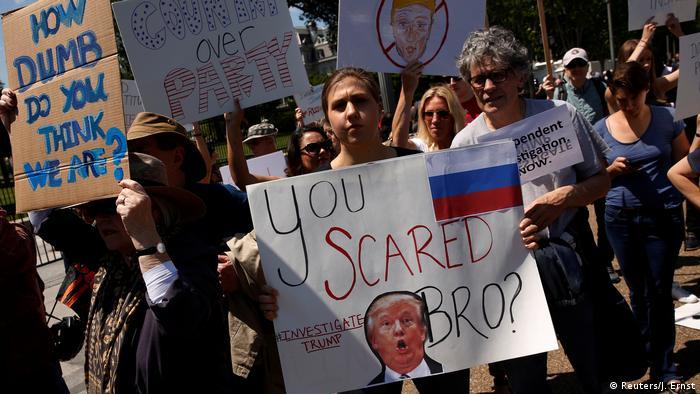 Protestas en EE. UU. contra la destitución de Comey.