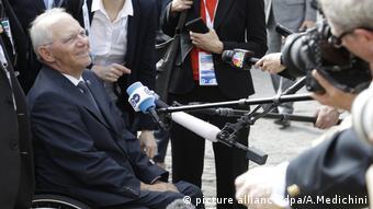 Ο Β. Σόιμπλε εμφανίστηκε σήμερα ιδιαίτερα αισιόδοξος ότι θα υπάρξει συμφωνία την Πέμπτη
