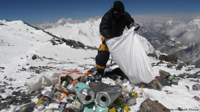 Himalaya - Saisonbeginn für Extrembergsteiger (Getty Images/N.Sherpa)