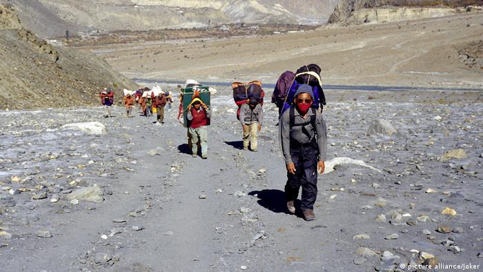 Himalaya - Saisonbeginn für Extrembergsteiger (Foto: picture alliance/Joker)
