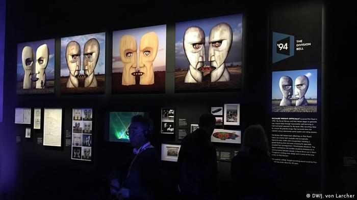 Artes da capa do álbum 'The Division Bell', do Pink Floyd, em exposição do museu V&A em Londres