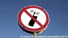 Hinweisschild: Handyverbot | symbolic sign for No mobile phone | Verwendung weltweit