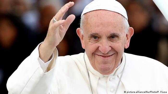 Papa pede que jovens brasileiros lutem contra corrupção