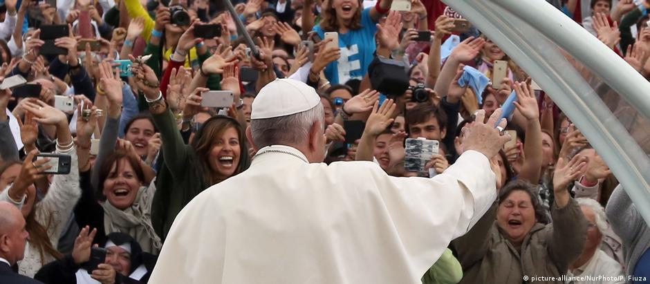 Peregrinos de 55 países presenciaram a canonização dos pastorinhos Jacinta e Francisco