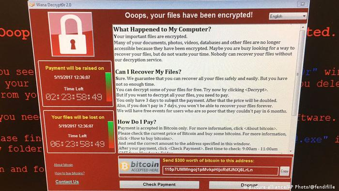 Symbolbild Computerprobleme in Großbritannien (picture-alliance/AP Photo/@fendifille )