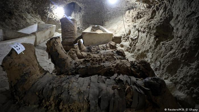 number of mummies inside the newly discovered burial site in Minya (Reuters/M.A. El Ghany)