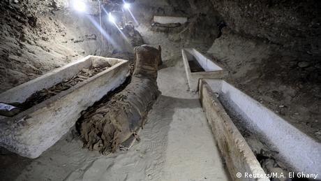 múmias encontradas em Minya