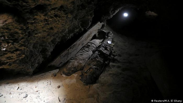 A number of mummies inside the newly discovered burial site in Minya, Egypt (Reuters/M.A. El Ghany)