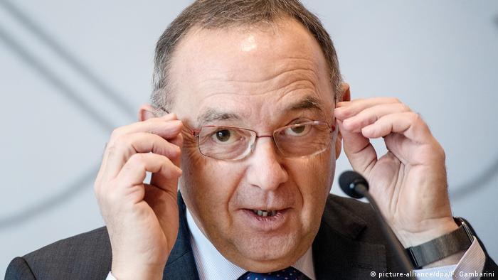 Norbert Walter-Borjans NRW Finanzminister (picture-alliance/dpa/F. Gambarini)