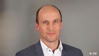 Deutsche Welle Marcel Fürstenau Kommentarbild ohne Mikrofon