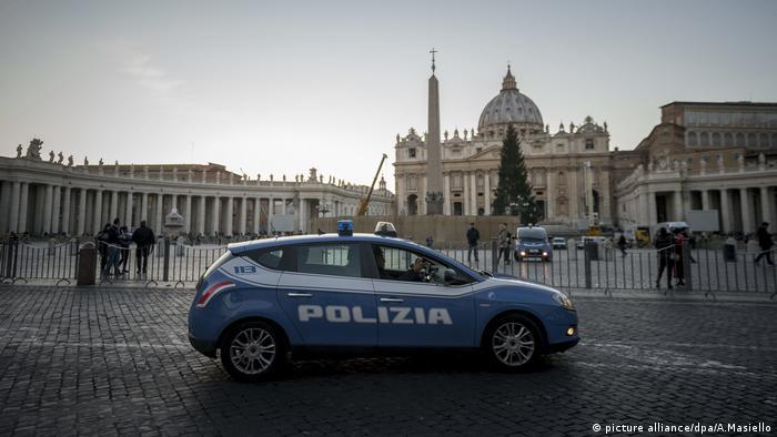 polizei italien (picture alliance/dpa/a.masiello)