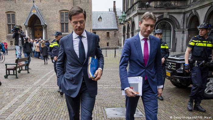 Amsterdam - Mark Rutte nach Verhandlungen (Getty Images/AFP/B. Maat)