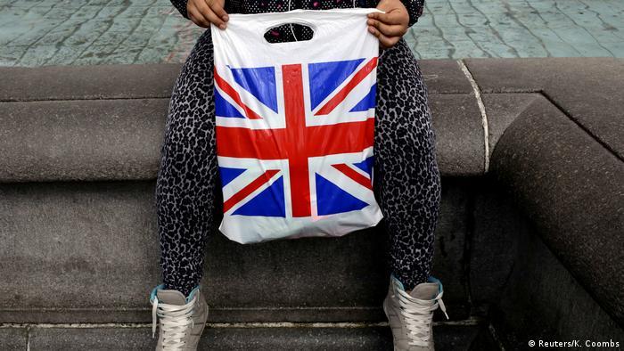 Symbolbild Großbritannien Patriotismus Union Jack Einkaufstüte