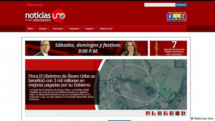 Fundación para la Libertad de Prensa (FLIP) denunció que Álvaro Uribe estigmatizó al periodista Julián Martínez, llamándolo proFARC, por emitir un documento que indica que, entre 2008 y 2010, el senador Álvaro Uribe, del partido Centro Democrático, destinó parte del erario para expandir los límites de la finca El Ubérrimo, de propiedad de su familia 17.05.2017